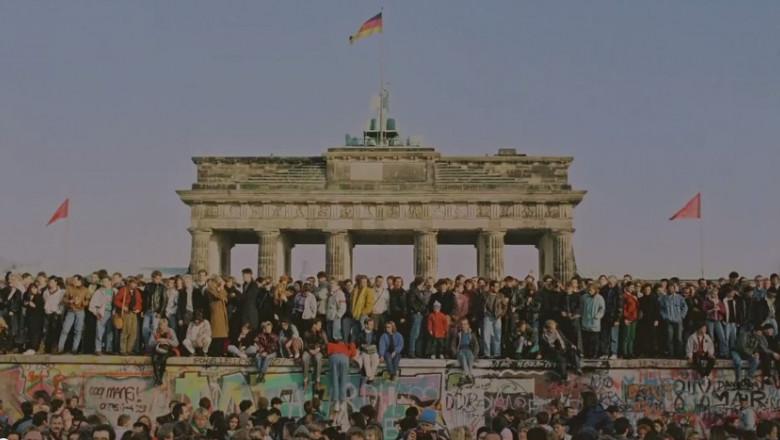 zidul berlinului google 2