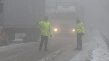 politist razie iarna 4