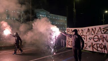 proteste grecia - 7168444-AFP Mediafax Foto-LOUISA GOULIAMAKI 1
