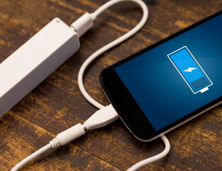 telefon incarcat baterie
