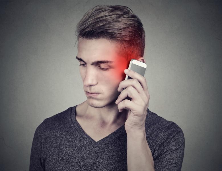 vorbit la telefon (1)