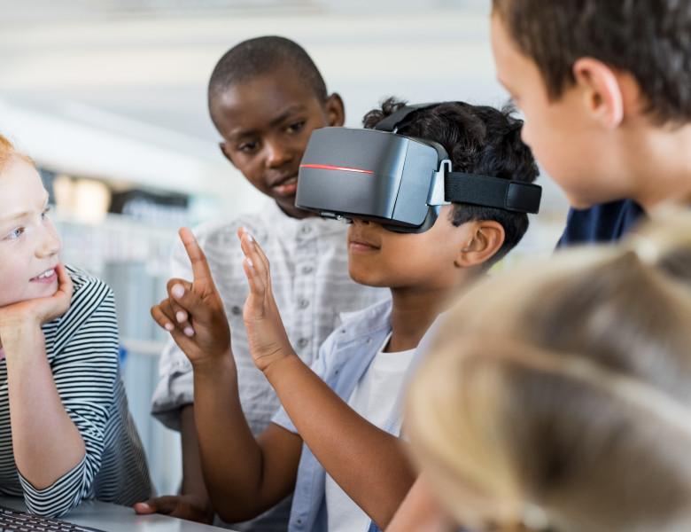 ochelari VR ritual reality casca