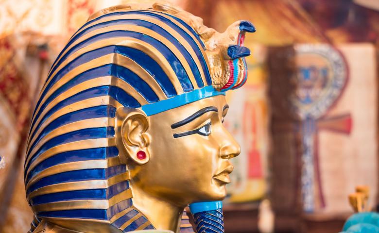egipt sarcofag arheologie tuthankamon