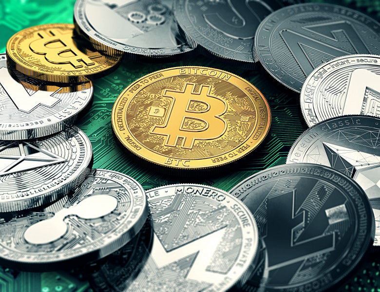 Huge,Stack,Of,Cryptocurrencies,In,A,Circle,With,A,Golden