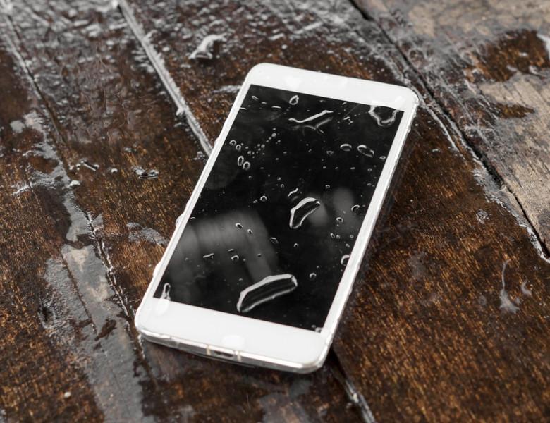 A,Wet,Smartphone