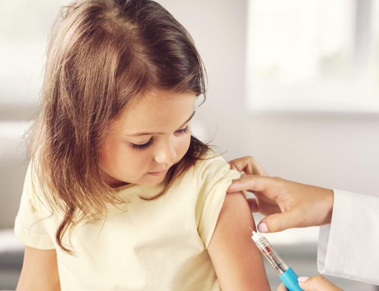 Copil vaccin