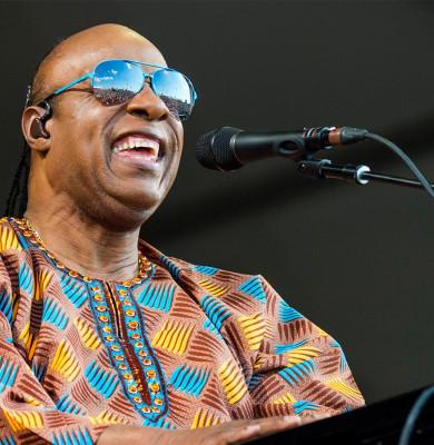 Stevie Wonder spune că se mută în Ghana din cauza climatului politic din SUA