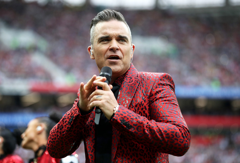 robbie-williams-world-cup-2018-billboard-1548
