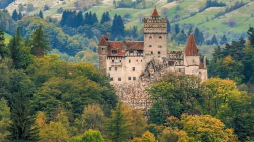 http_cdn.cnn.comcnnnextdamassets170502170210-bucharest-bran-castle