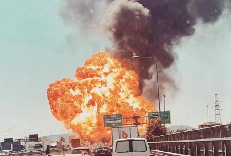 Explozie în Bologna