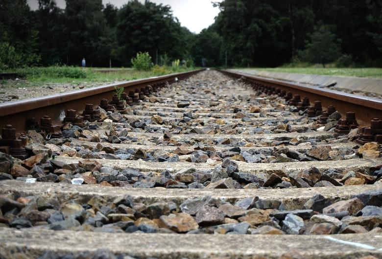 Șine de cale ferată