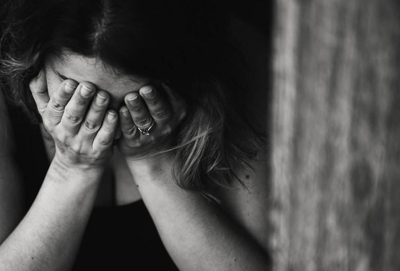 Victimă, trafic de persoane, femeie abuzată