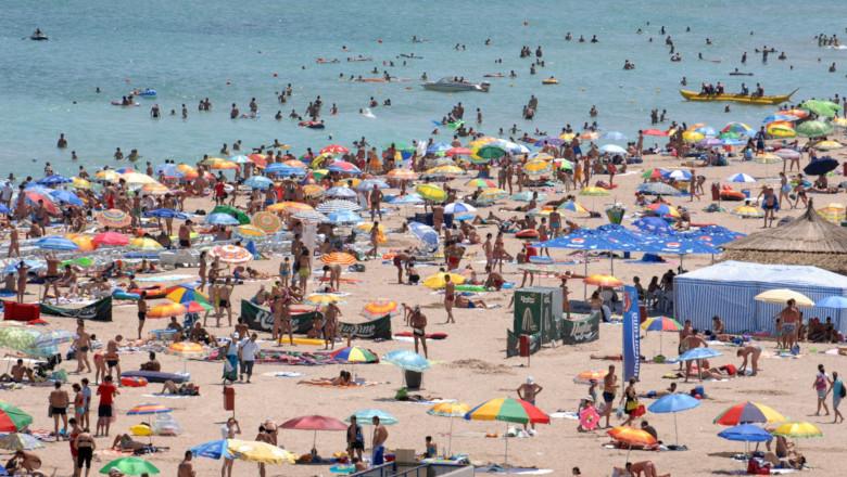 Litoralul Mării Negre, plajă, turiști la mare