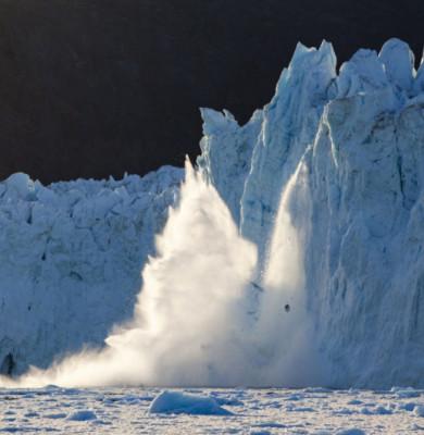 Calota glaciară se topește, ghețari