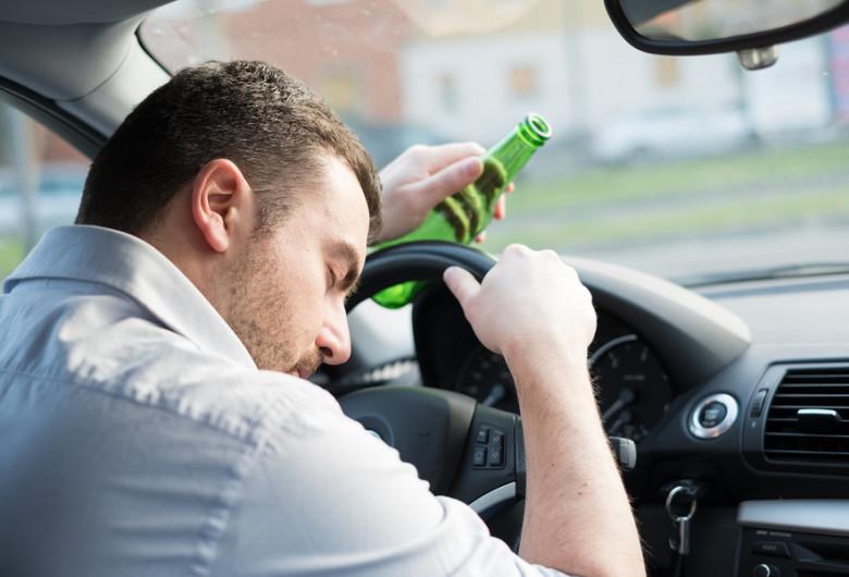 Băut la volan, mașini, beat