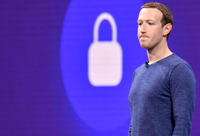 Mark Zuckerberg, Facebook, date personale