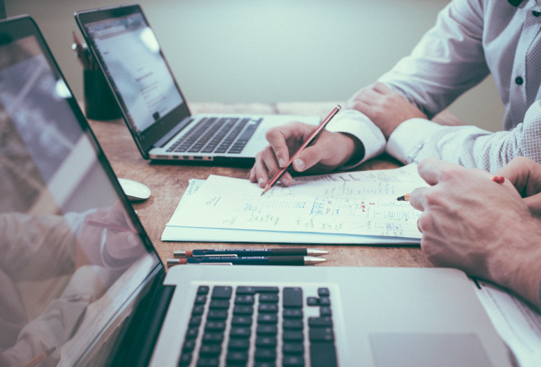 Afaceri, companii, acord, contract, semnat