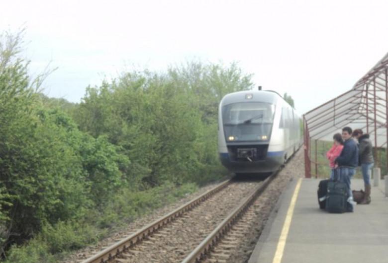 Tren către Otopeni