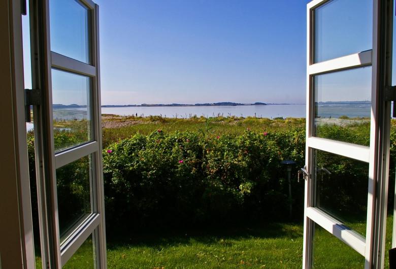 Vreme frumoasă, de la fereastră