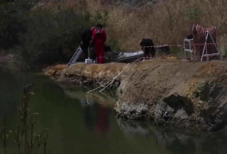 Lacul criminalului din Cipru, cu valizele