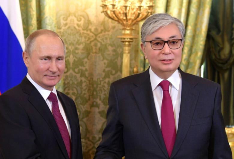 Vladimir Putin și Qasym-Zhomart Tokayev