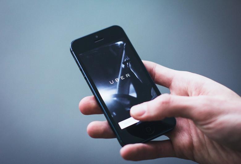 Telefon cu Uber