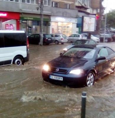 Bucureștiul cu străzi inundate 3
