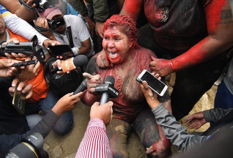Patricia Arce, tunsă, vopsită și lovită