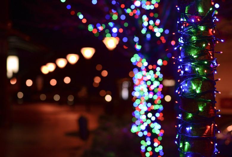 illuminated-christmas-lights-at-night-722680