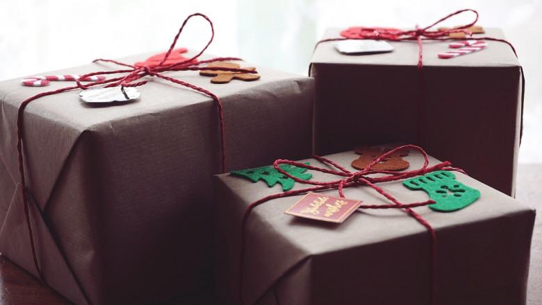 Cadouri de Moș Nicolae sau Moș Crăciun