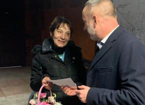 Lenuța Varga, îngrijitoarea de toalete publice premiată de Primăria Alba