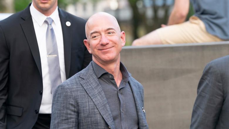 Jeff Bezos shutterstock_1399561367