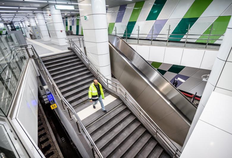 Stația de metrou Laminorului