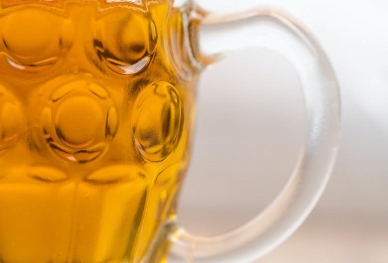 Halbă de bere, Oktoberfest, alcool