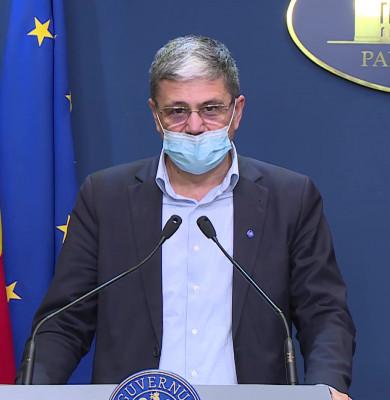 Marcel Boloș, cu mască de protecție