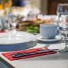 Masă la restaurant,rezervare,mâncare,cină,HoReCa,băutură,alcool,relaxare