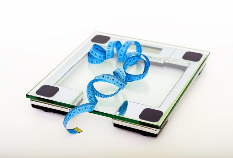 Cântar cu centimetru pentru grași, slăbit, dietă, greutate, supraponderali, obezitate, mâncare, nutriție