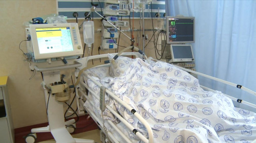 Mort de coronavirus, COVID-19, ventilat mecanic, deces în spital
