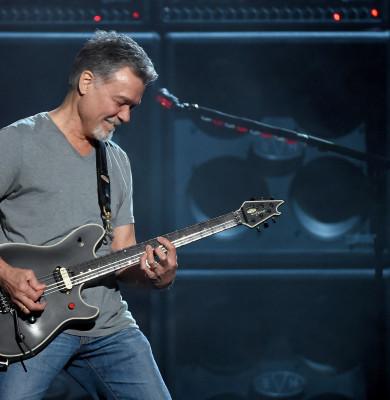 Eddie Van Halen a murit la 65 de ani, răpus de cancer
