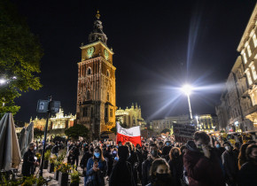 Anti-abortion protests continue in Poland - 27 Oct 2020