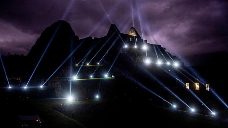 Spectacol de lumini în Machu Picchu