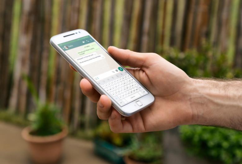 WhatsApp, mesagerie instantanee, social media