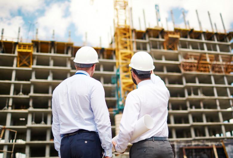 Arhitecți, arhitectură, construcții blocuri de locuințe, apartamente, imobiliar, case, șantier, muncitori