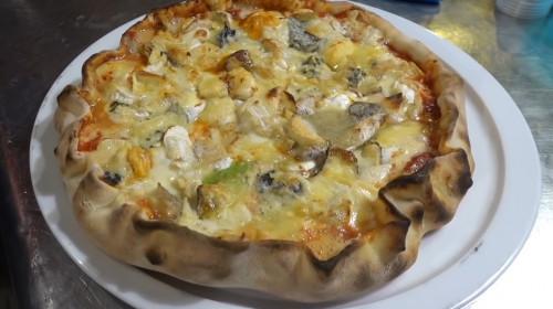 Pizza cu 254 de tipuri de brânză, Benoit Bruel