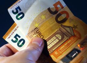 Bancnote de euro, bani