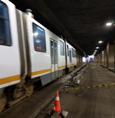 Stație de tramvai la Pasajul Piața Victoriei