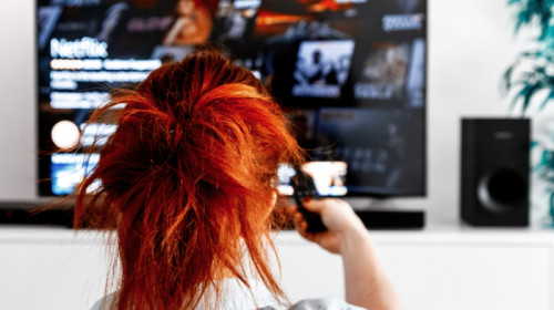 Netflix, seriale, filme, streaming, video, VOD, relaxare, distracție