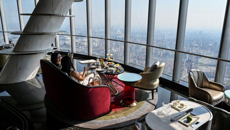 Hotelul J Shanghai Tower din China