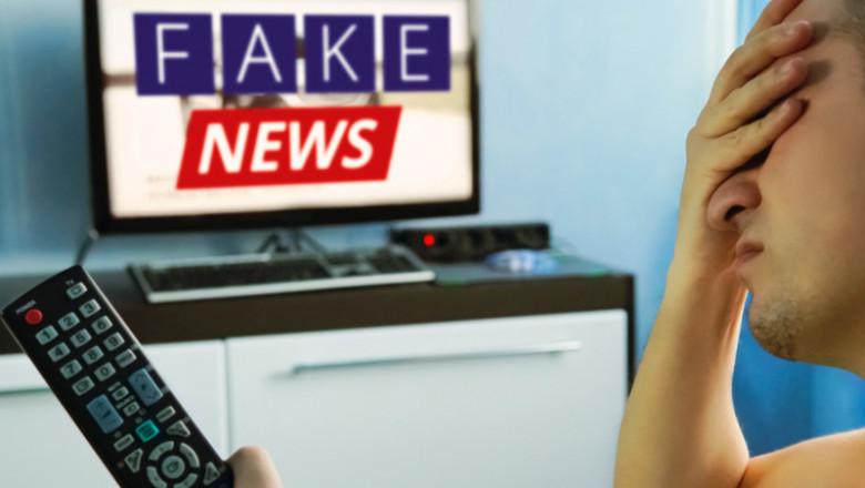Fake news la televizor, om cu telecomandă TV în mână, sătul, scârbit, dezinformare, minciuni la televiziuni
