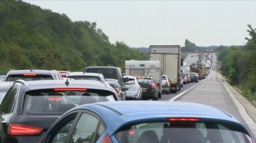Aglomerație în trafic, mașini pe A2, autostradă, rutier, cozi, Infotrafic, litoral, bară la bară